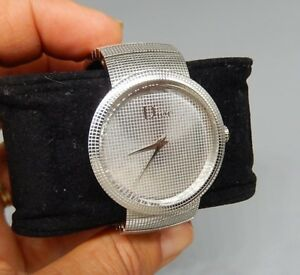 Christian LA D DE DIOR watch Silver textured grid face stainless band CD042110