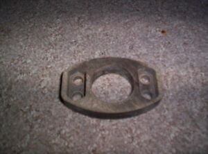 Vintage Snowmobile Polaris Hirth Single Cyl 600 Twin Carb Insulator Block 192 A7