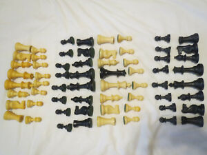 Vintage Tournament Size Chess pieces 2 set lot with 1 queen missing