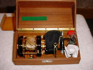 Vintage Ambassadur 5000C De Luxe Casting Reel In Wood Box. Never Used