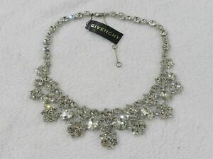 Givenchy silver tone clear crystal statement necklace RV$195 $69.99