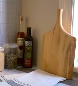 Live Edge Wood Serving Board with Handle, Natural Wood Cutting Charcuterie Board
