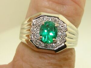 ELEGANT 18KT WHITE GOLD APPROX. 2+ CTW NATURAL EMERALD & DIAMOND MEN'S RING!