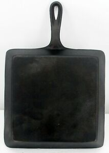 Lodge Square Skillet 8 inch cast iron old American cookware vintage flat bottom
