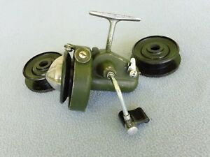EXTREMELY RARE VINTAGE METROM SPINNING REEL WITH 3 SPOOLS-IN VERY GOOD CONDITION