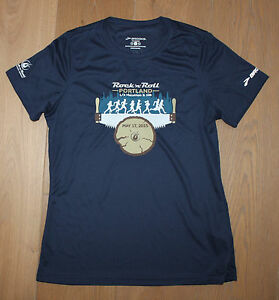 BROOKS Women's Medium Navy Blue Running Jogging SS Shirt PORTLAND MARATHON New