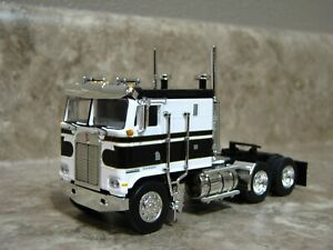 White Cabover Truck For Sale