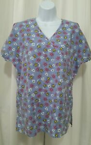 JIJ SCRUBS SMALL BEES AND FLOWERS SCRUB TOP