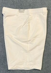 NEW MEN'S UNDER ARMOUR GOLF PERFORMANCE FLAT FRONT SHORTS WHITE SIZE 38