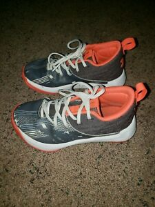 Boys Under Armour BasketballAthletic Shoes Size 13K