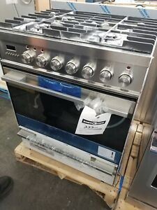 NEW OUT OF BOX FISHER PAYKEL 30