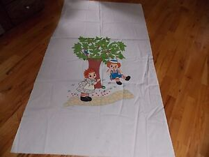 Raggedy Ann Andy Hand Painted Linen Ready to Complete into Quilt or Bedspread $4.99
