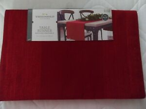 NWT'S TARGET THRESHOLD HOLIDAY RED SHINY TABLE RUNNER 14 X 72