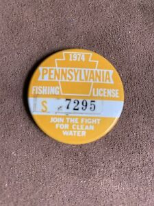 Vintage 1974 Senior Pa Fishing License Pin Button