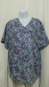 SB SCRUBS LARGE PAISLEY AND FLOWER DESIGN SCRUB TOP