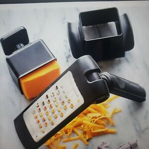 Pampered Chef Microplane Adjustable Coarse ?? Grater with food holder and cover