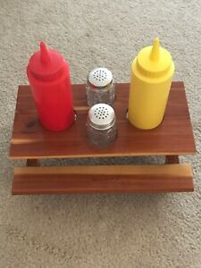 Vintage Wildwood NJ Picnic Table Condiment Caddy with bottles and shakers