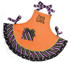 Cute HALLOWEEN Apron ** BOSS WITCH Embroidered Cotton Brand NEW 530
