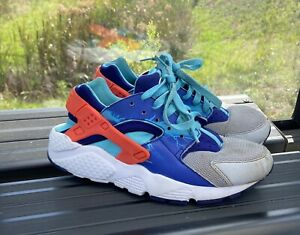 Boy's Nike Youth Huarache Run Print Lightning US Size 5Y *Pre owned* $24.95
