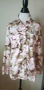 Love Tree Pink Camouflage Button Up Top Size Large