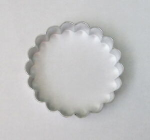 3.25quot; Fluted Scalloped Circle Round Cookie Cutter Tart Biscuit Pastry Tin Steel $1.85