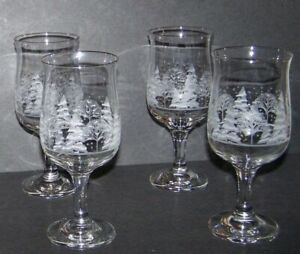4 Arby#x27;s Christmas Wine Goblets Winter White Frosted Gold Rim Libbey Glasses