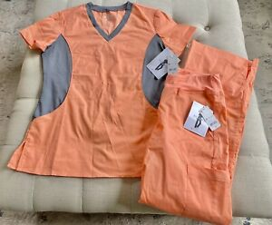 NWT Scrub Set Women's Allure Creamsicle Peach Size Small S Yoga Stretch