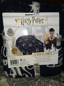 New Harry Potter Swish amp; Flick Feather Black White Plush Blanket Super Soft Twin $19.60