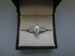 GORGEOUS 14K WG 1.60 TCW MARQUISE DIAMOND ENGAGEMENT RING W ROUND CUT SIDES