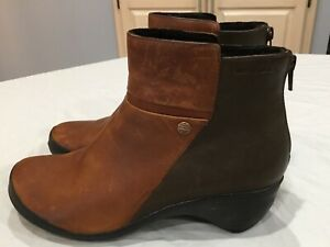 Merrell Womens Boots Size 8 Ankle Side ZIp Color Block $26.99