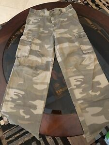 Children's Place Boys Camo Pants Size 12 $13.00
