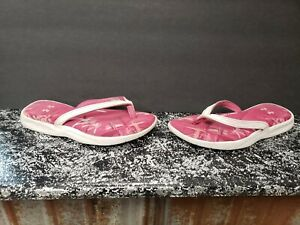 Womens size 4 white and pink Under Armour sandals $8.00