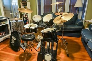 Pearl Export Complete 5 piece Drum set $500.00