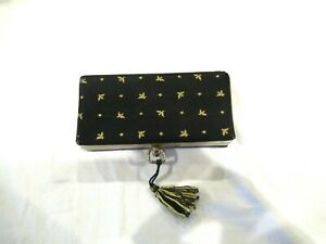 Black thread box sewing case with gold birds 14 spools of thread $10.00