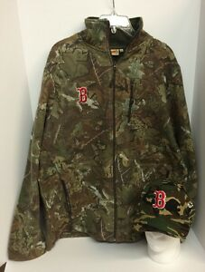 Boston Red Sox Camouflage Fleece Size MEDIUM AND baseball Hat