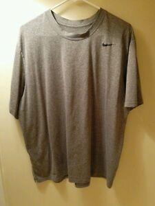 Grey Men's Nike Dri-FIT 2xl T-shirt