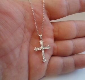 925 STERLING SILVER LADIES CROSS NECKLACE  PENDANT W .75 cts DIAMONDS 18 INCH