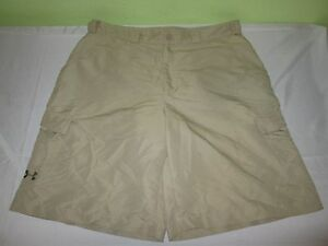 Men's UNDER ARMOUR   Flat Front Fishing Hiking Golf  CARGO Shorts Sz 34 - Beige