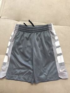 Boys Nike Dry Fit Athletic Light Shorts Size Youth Small S Gray