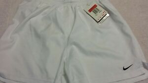 Girls white nike fit dry large us 14 shorts new with tags