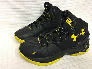 EUC Boys UNDER ARMOUR Camo BlackYellow 6.5 Youth Basketball SC Curry 1259007