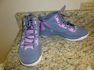 UNDER ARMOUR MID JET  YOUTH GIRLS BASKETBALL SHOES SIZE 5Y GREAT CONDITION