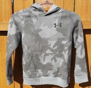 NWT Boy's Under Armour Sportstyle Fleece Printed Hoodie Youth Small 1284571 035