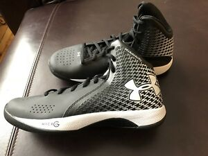 Under Armour Womens Micro G Torch Basketball Shoe ClutchFit BlkWht 1246940 New!