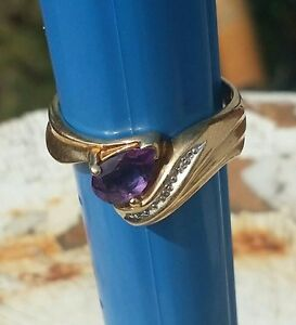 10K ladies Yellow Gold Amethystdiamond accent ring size 9 is resizable 3 GRAMS!