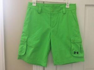 NWT UNDER ARMOUR UA HEAT GEAR GOLF SHORTS CARGO BOYS YL Youth Large L Neon LIME