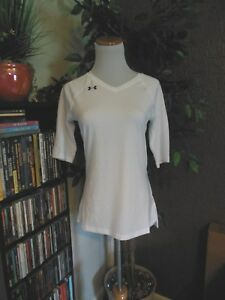 NWT Under Armour Heatgear Women's UA Fitted Volleyball Top small