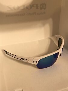 Under Armour ( 8600094-100961 octane shiny white charcoal frame gray blue lens