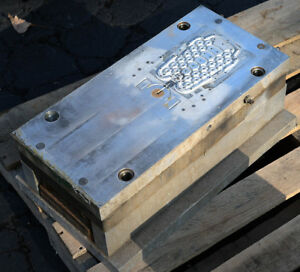 Plastic Injection Mold - used - aluminum - - - - - -  This mold's code is