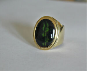13.6 ct Solid Black Australian Opal in solid 18k yellow gold men's ring. size 11